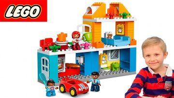 Даник и Мама играют в Лего набор - Семейный Дом. Развивающий конструктор для детей Lego Duplo 10835 http://video-kid.com/14927-danik-i-mama-igrayut-v-lego-nabor-semeinyi-dom-razvivayuschii-konstruktor-dlja-detei-lego-dupl.html  Даник главный герой детского канала #НосикиКурносики вместе со своей мамой в этом развивающем видео будет собирать интересный конструктор #Лего Семейный Дом 10835. В этом лего наборе помимо дома, есть три фигурки и семейная машинка. В домике есть несколько комнат, а…