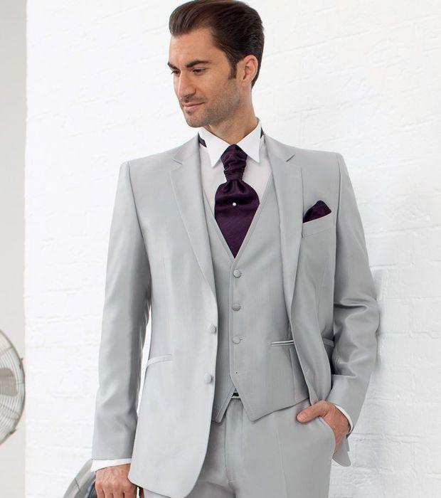 Costume 3 pièces gris clair