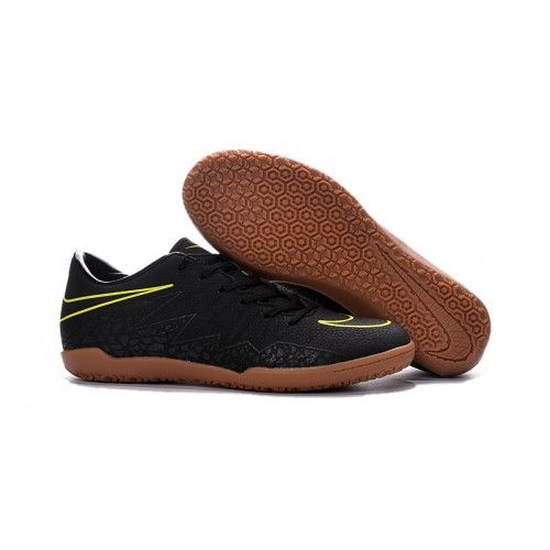 lowest price fe82b 38afc Billiga Nike Hypervenom Phelon II IC Fotbollsskor för män Svart volt    Billiga Nike Fotbollsskor   Pinterest   Nike football boots, Football boots  and Nike