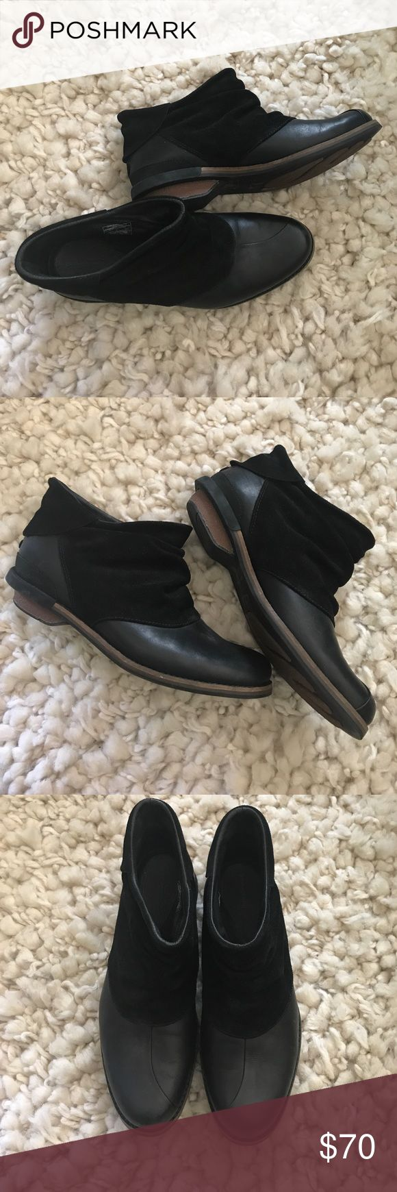 Patagonia Addie black booties 7.5 Gorgeous Addie booties by Patagonia. Soft leather and suede - goes well with anything! Worn once, like new! Size 7.5 Patagonia Shoes