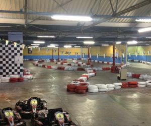 Go+Karting  Huge+indoor+track+that++-+Please+Like+&+Share