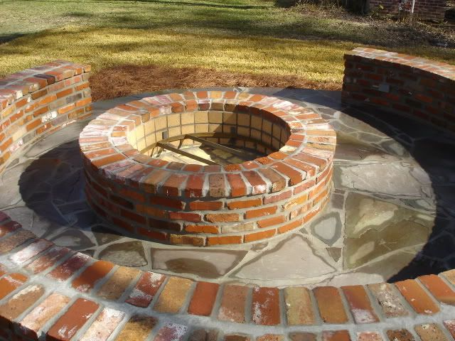Brick firepit with brick seating... Since I'm gonna have all this extra brick