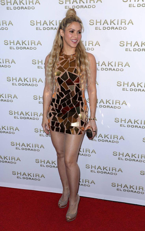 milan e shakira 2014 dresses - photo#35