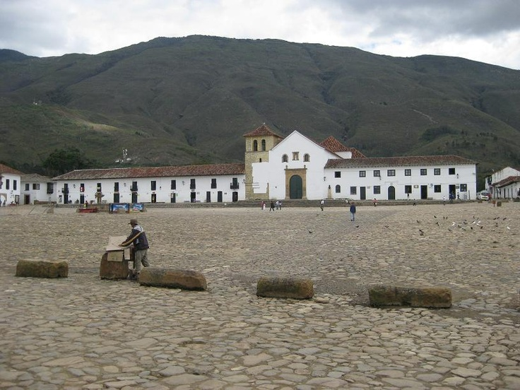 Some (rainy) days in the wonderful Villa de Leyva. What a fantastic place!