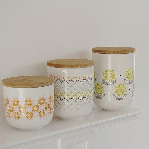 Fleur porcelain storage pot