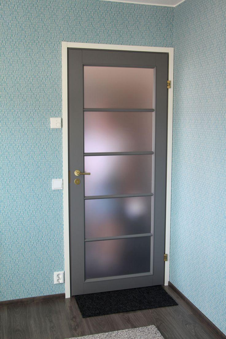 JELD-WEN-sisäovet Craft-massiivipeiliovi 129 harmaa http://www.jeld-wen.fi/ovet/sisaovet/sisaovivalikoima/tuotesivu/?productId=3323