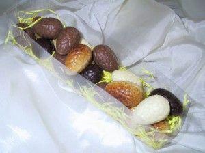 kleine paaseitjes in chocolade van  http://www.excellence.be
