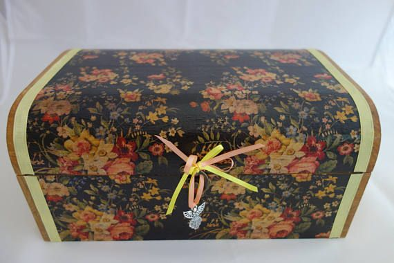 Black flower treasure chest box