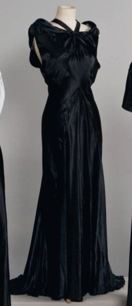 Madeleine VIONNET  Haute couture, circa 1935