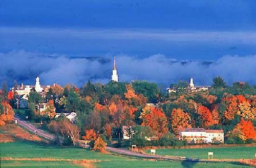 Middlebury College, Middlebury, VT  Google Image Result for http://www.studentsreview.com/univ_pics/1441.jpg