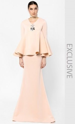 Kurung Kuching in Light Nude, Woo/Fiziwoo