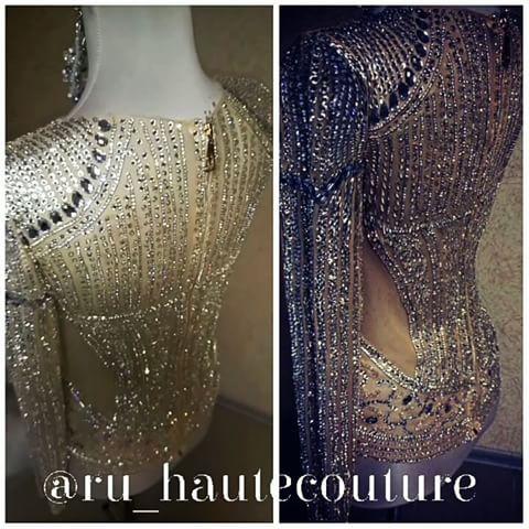 Luxury Swarovski crystals blouse 👗Вuy online Dress 👉www. ruhautecouture.com👈#свадьба #невеста #swarovski #swarovskicrystals #краснодар #weddingcrown #crown #crystalcrown #кавказскаясвадьба #couture #wedding #weddingdress #russia #couturedress #michaelcinco #eliesaab  #jacykay #zuhairmurad #gown #swarovski #crystals #hautecouture #gypsy #colorfulwedding #vestidodenoiva #vestidodenoiva #gown #weddinggown #ballgown #цыганскаясвадьба