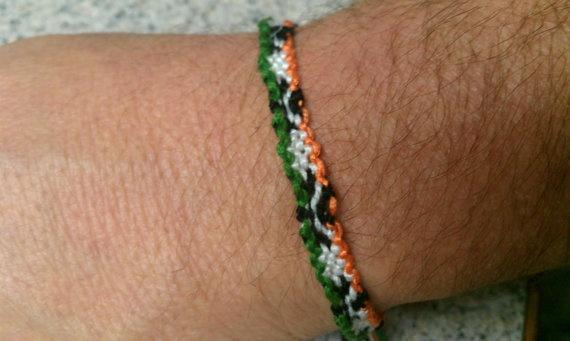 Four Leaf Clover Friendship Bracelet by SaxophoneChick on Etsy, $3.50