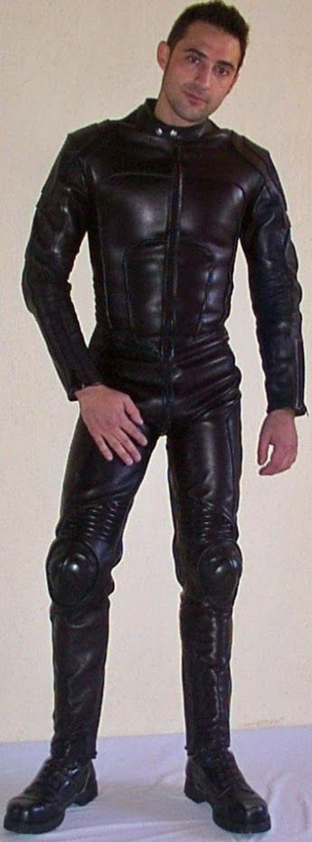 Frank M 252 Ller Latex Boy Google Cute Guys