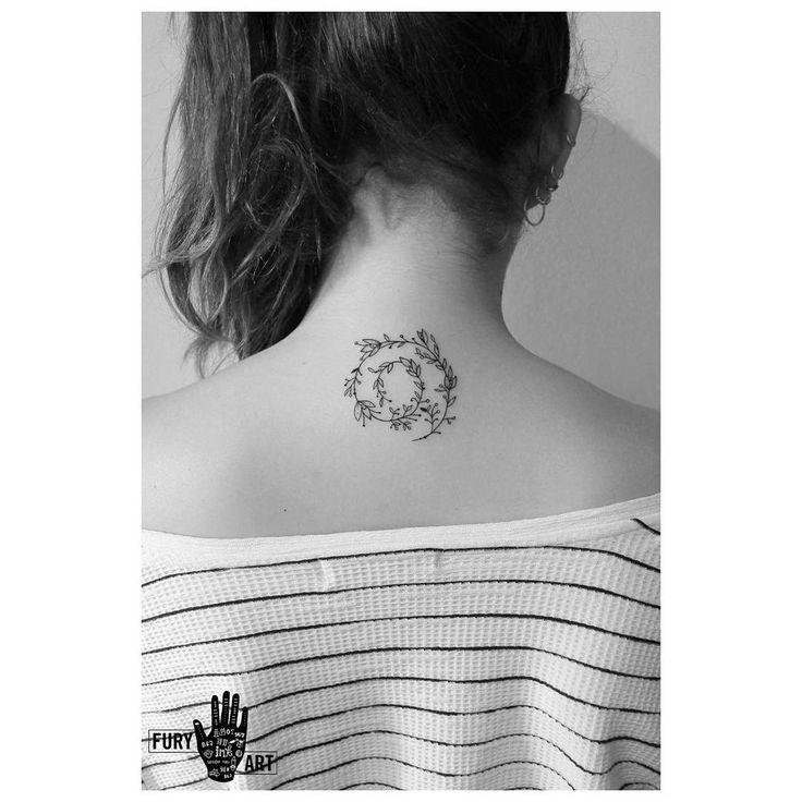 Espiral floral para la anto!!! Pp.....#flowers #spiral #espiral #line #líneas #liner #linework #tattooink #tattoolife #tattoolovers #tatuaje #tattoo #ink #inklife #inklovers #inktattoo #instatattoo #santiagotattoo #chiletatuaje #chiletattoo