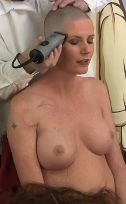 bald woman blowjob