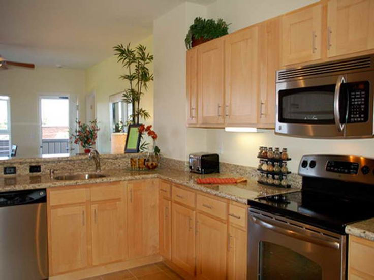 kitchen paint colors with maple cabinets of kitchen paint colors