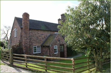Hurst Farm Holiday Cottages - HURST COTTAGE