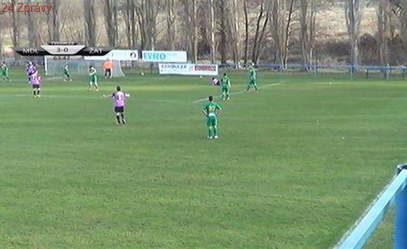 VIDEO: Exligový brankář Slavík přispěl k výhře Modlan, proměnil penaltu