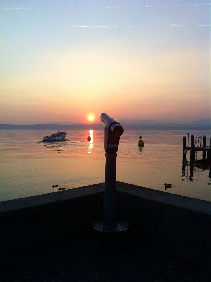 Sunset @ Sirmione before dinner out... special moment.