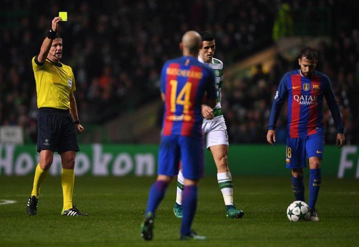 Jordi Alba durante el encuentro de la Champions League Celtic de Glasgow y FC Barcelona