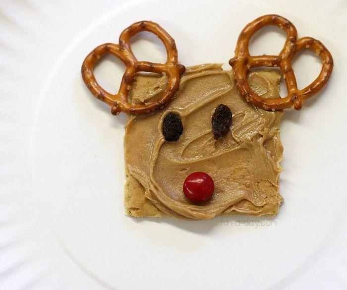 delicious Christmas snacks for kids - reindeer snack