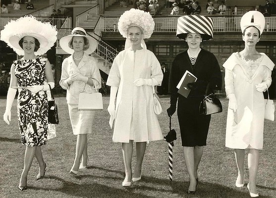 From left, Miss Barbara Woods, Miss Anne Stooke, Miss Marianne Liedloff, Miss Vaira Ulms and Miss Elly Lukas, winners of the Fashions in the Field Contest 1969, walk along the lawns at Flemington.