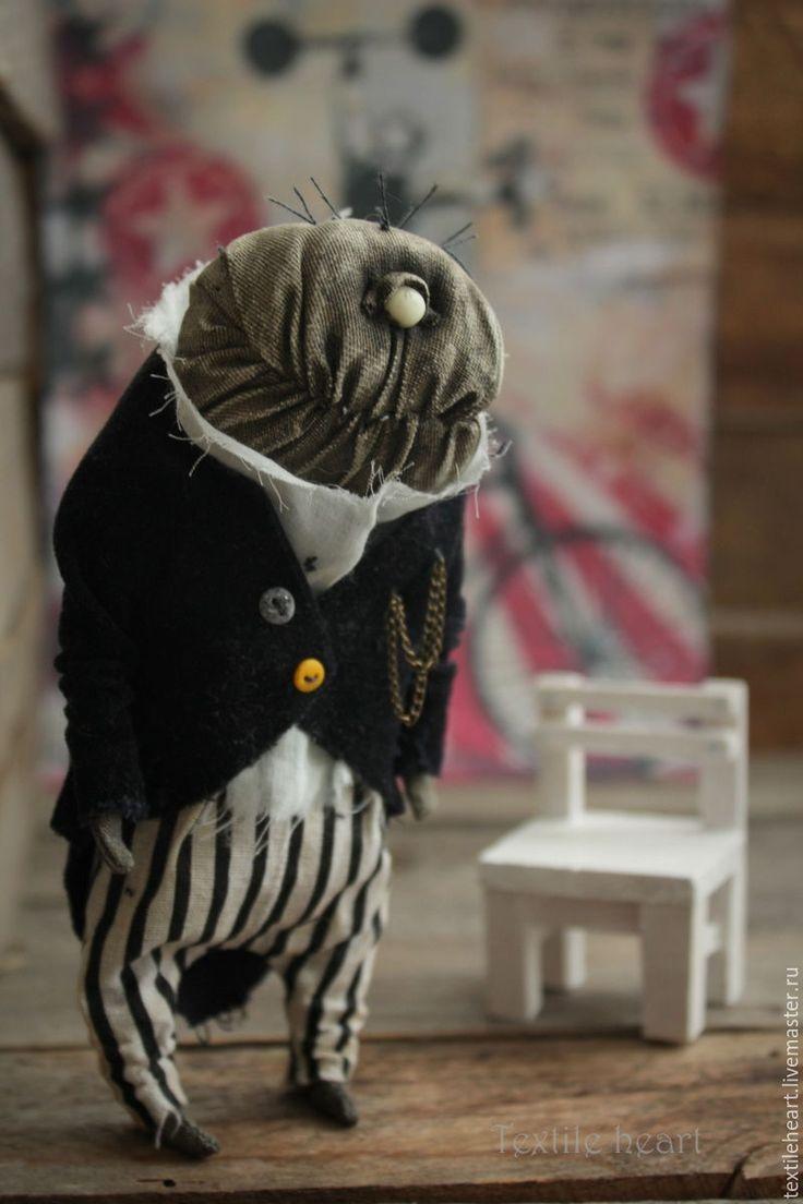 Купить Циклоп Фрэнк - чёрно-белый, циклоп, винтажный стиль, цирк, монстр, монстрики