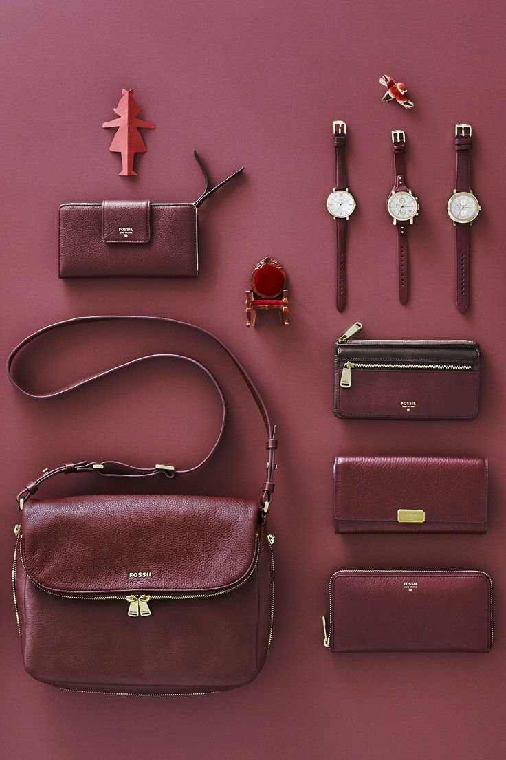 #Fossil Maroon #colorcurious
