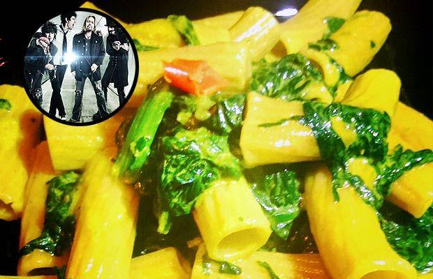 Tortiglioni spinaci acciughe e cocco Motley Crue