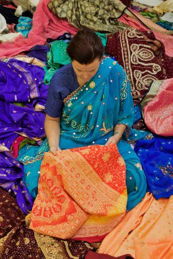 Buying a Sari in India: Guide to Sari Shopping