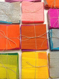 Szemem Tükrében: Terem díszítés krepp papírral...farsangi dekoráció!