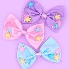 Big Star-Filled Bow 2-Way Clip