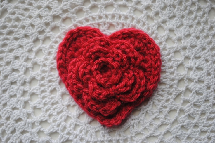 Crochet Patterns For Hearts : Layered Daisy in a Heart tutorial by Cre8tion Crochet ...