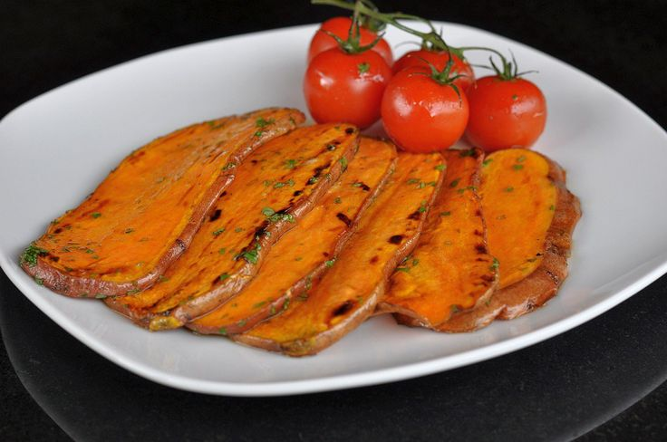 Gegrillte Süßkartoffeln mit Olivenöl-Limetten-Marinade | BBQPit.de