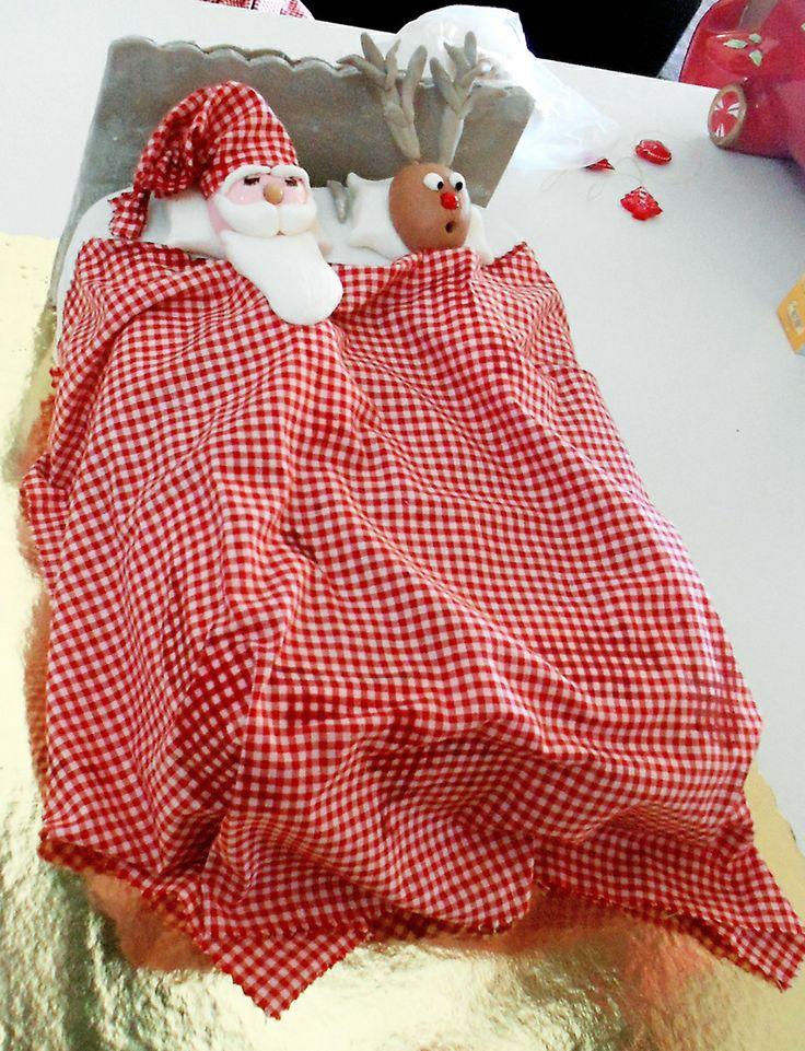 Santa and Rudolf's bed, Birthday Cake