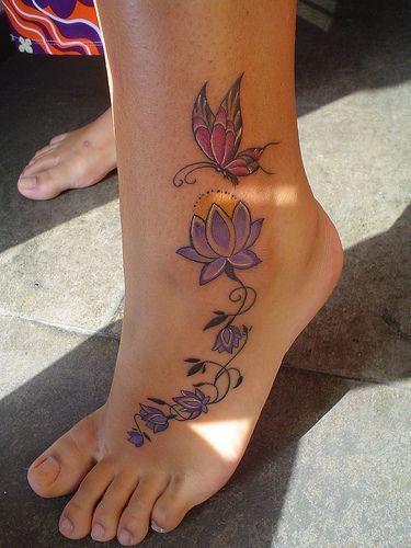 Flores de loto & mariposa - Tatuajes para Mujeres. Encuentra esta muchas ideas mas de Tattoos. Miles de imágenes y fotos día a día. Seguinos en Facebook.com/TatuajesParaMujeres!