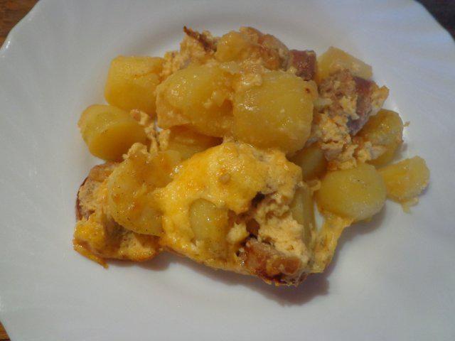 Das perfekte Kartoffelauflauf mit Bratwurst-Rezept mit einfacher Schritt-für-Schritt-Anleitung: Kartoffeln als Pellkartoffeln kochen, ich erledige dies…