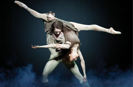 17/10 - THE ROYAL BALLET: <br>Kenneth McMillan: Μανόν ΧΟΡΟΣ ΣΤΟ ΜΕΓΑΡΟ  ROYAL OPERA HOUSE CINEMA – THE ROYAL BALLET