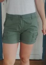 Short vert kaki H&M
