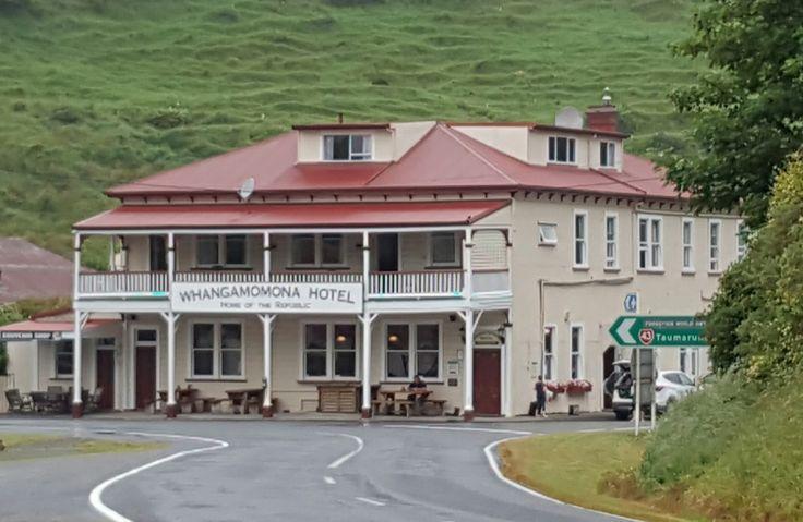 The pub Forgotten Highway  nz