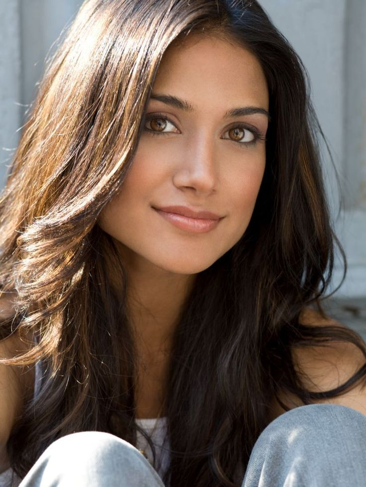Melanie Kannokada, an Indian-American actress, model, philanthropist, former Miss India America and current face of Bare Escentuals Cosmetics.