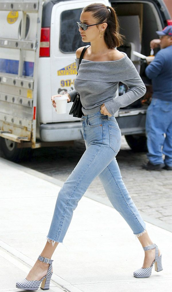 6 ways to be sexy wearing jeans