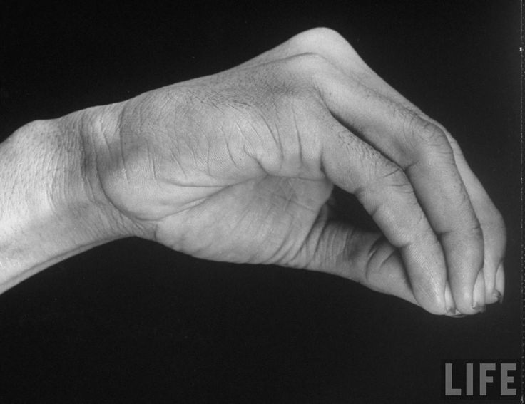 Hand signal used in Bombay Stock Exchange 1946 (3)