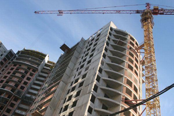 КАК СЭКОНОМИТЬ НА ПОКУПКЕ ЖИЛЬЯ http://gm36.ru/  К осени рынок недвижимости должен определиться с ценами до конца года По некоторым прогнозам, стоимость жилья станет расти. Но пока же рынок демонстрирует стабильность. Также эксперты отмечают, что в годовом выражении спрос на недвижимость в июле значительно превысил показатели того же периода 2015 года. К тому же потенциальный спрос в России огромный, так как на человека у нас приходится всего лишь 20 квадратных метров, в то время как в США…