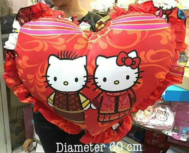 #bantal jumbo love #wedding #hellokitty @ 130.000