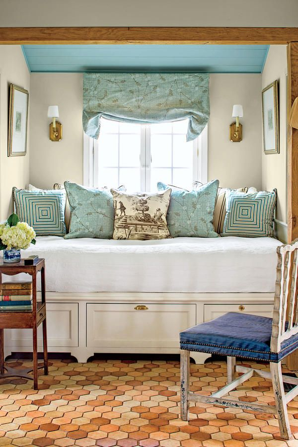 The Bedroom - The Art of Living Small - Southernliving. Tucking the queen-size bed into a nook creates more floorspace. The roomy drawers below provide extra storage space.