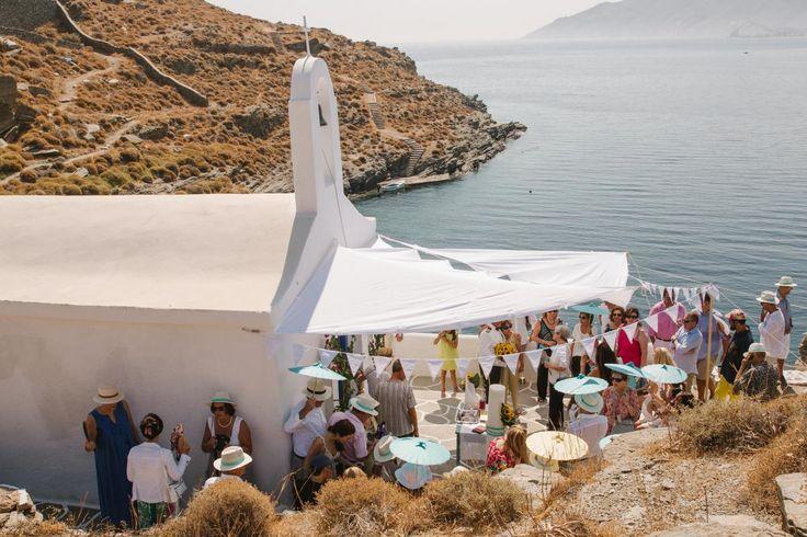 orthodox church beach wedding on Kythnos | lafete