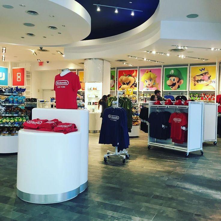 Nintendo store #nyc #gdc_shu #shu_nyc by panthersoap