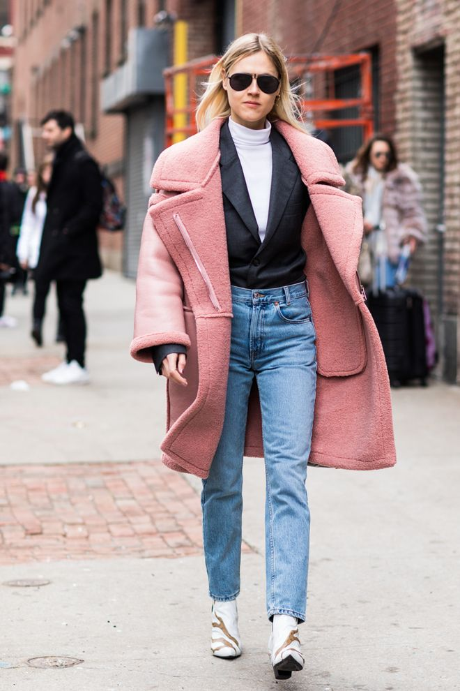 Style street chronicles london fashion week fall advise to wear in on every day in 2019
